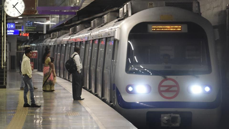 Services on the Violet line between Nehru Place and Badarpur were delayed on Thursday, the Delhi Metro Rail Corporation said. DMRC later tweeted to say that the services have resumed on the line. The cause of the delay is not known yet as other lines of the Delhi Metro operated normally. (Sonu Mehta / HT Archive)