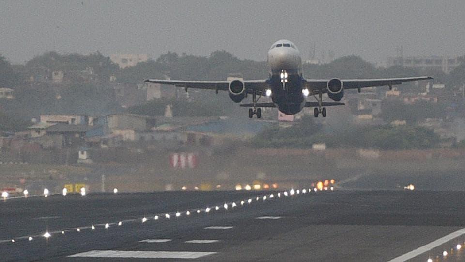 Mumbai airport,flights at Mimbai airport,Mumbai airport arrival