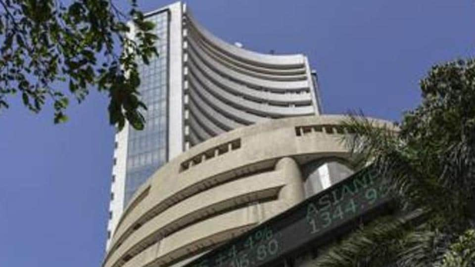 The BSE benchmark Sensex Monday rose 169 points, led by gains in IT stocks amid positive global cues.