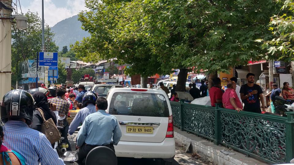 Hill stations choke due to heavy tourist influx