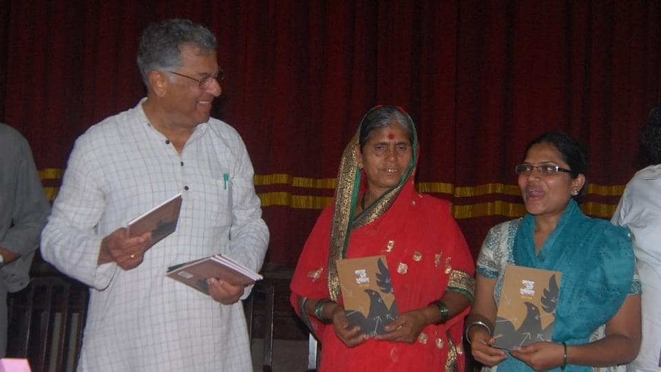 "Girish Karnad at the release of the book ""Underground at Present"" written by Sachin Mali, a cultural activist of Kabir Kala Manch, then jailed in connection with Naxal activity, at St.Xaviers College in Mumbai, on May 12, 2014. Karnad was known for standing up against the establishment and was often called a man who fought for the freedom of creative expression. (Shakti Yadav / HT Archive)"