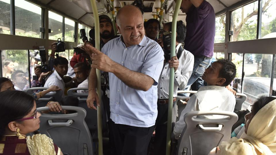 New Delhi, India - June 4, 2019: Delhi Deputy Chief Minister Manish Sisodia speaks to women in a bus about the Delhi government scheme to make travel free for women in public buses and metro, in New Delhi, India, on Tuesday, June 4, 2019. (Photo by Mohd Zakir/ Hindustan Times)