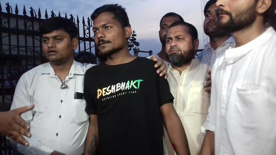 Prashant Kanojia, journalist arrested for 'defaming' Yogi Adityanath, walks out of jail