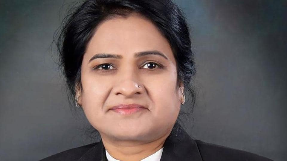 UP Bar Council chief,Darvesh Yadav,UP govt