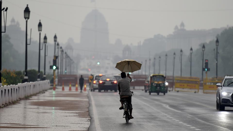 The local dust storm also helped to bring down the temperature by more than 10 degrees Celsius