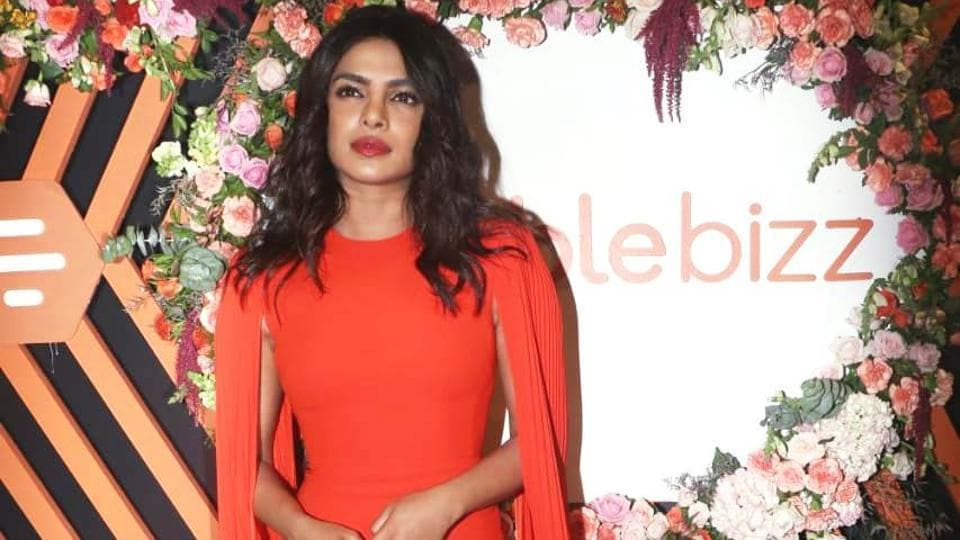Priyanka Chopra stylish outfit proves why 'orange is the happiest colour'!