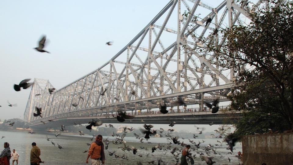 Sarkar jumped into the Hooghly river from a ferry anchored below the Howrah bridge. Spectators, who had gathered on the bridge for the show, did not see him surface and informed the police.