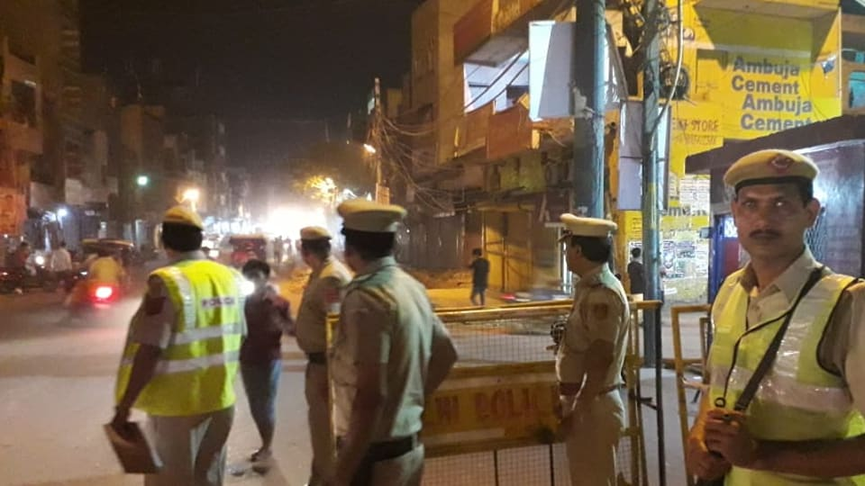 A caller informed the police that two labourers, who were cleaning the glass windows at the tenth floor, fell down. (Photo: @DelhiPolice)