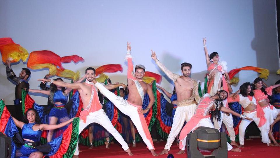 Live dance performance at the closing ceremony of Kashish