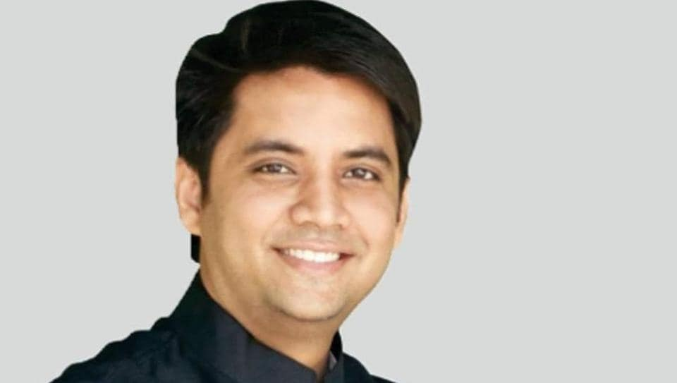 Abhishek Singh was reportedly one of the campaigners of the company involved in the chit fund scam.