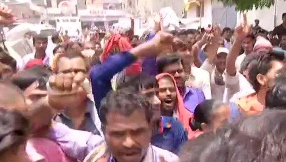 "Protestors gathered outside the SKMCH shouted, ""Nitish Kumar wapas jao (go back)""."
