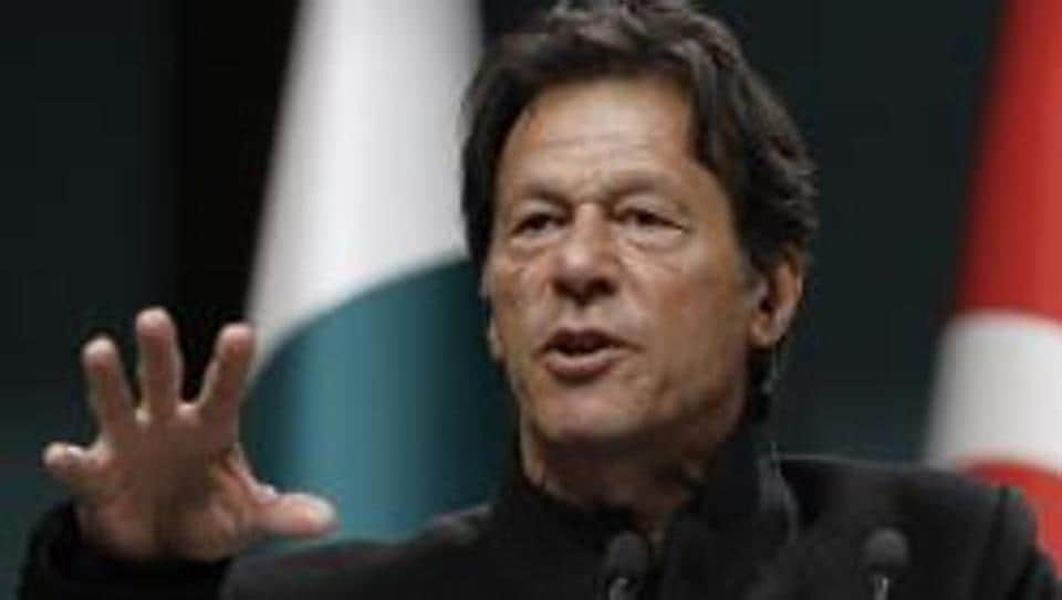 Pakistan on Tuesday signed three loan agreements worth a total of USD 918 million with the World Bank, Prime Minister Imran Khan's adviser on finance has said .