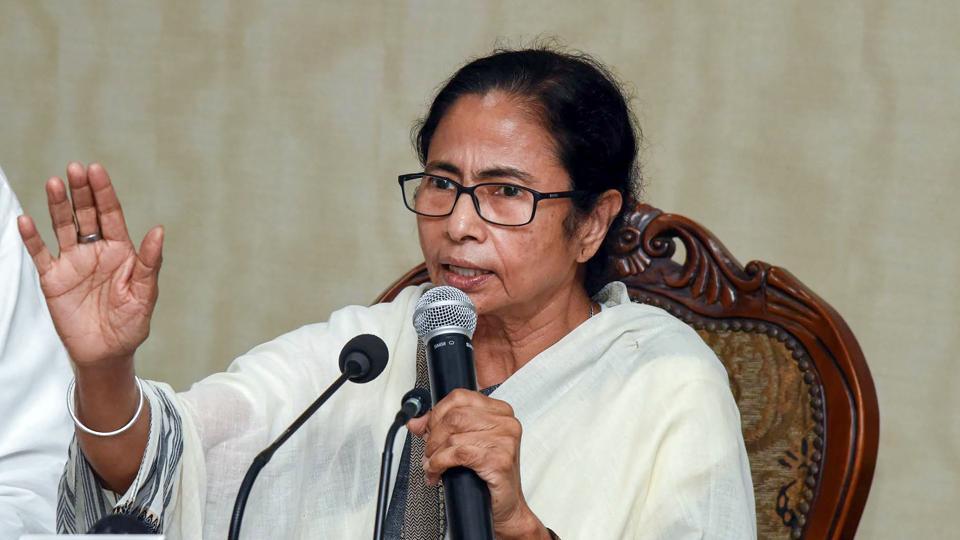 BJP 'collecting garbage', says Mamata Banerjee on defecting TMC leaders