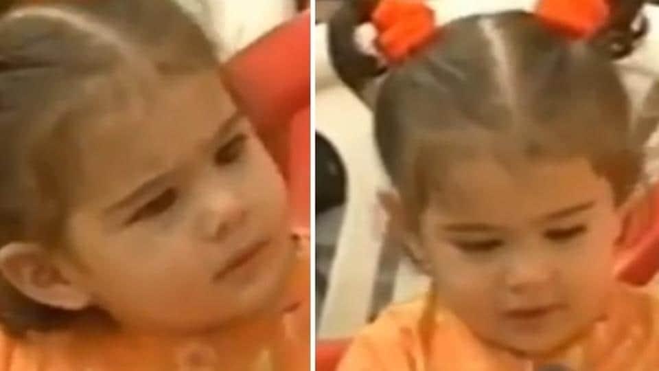 Sara Ali Khan as a baby reminded fans of Taimur Ali Khan and Inaaya Naumi Kemmu.