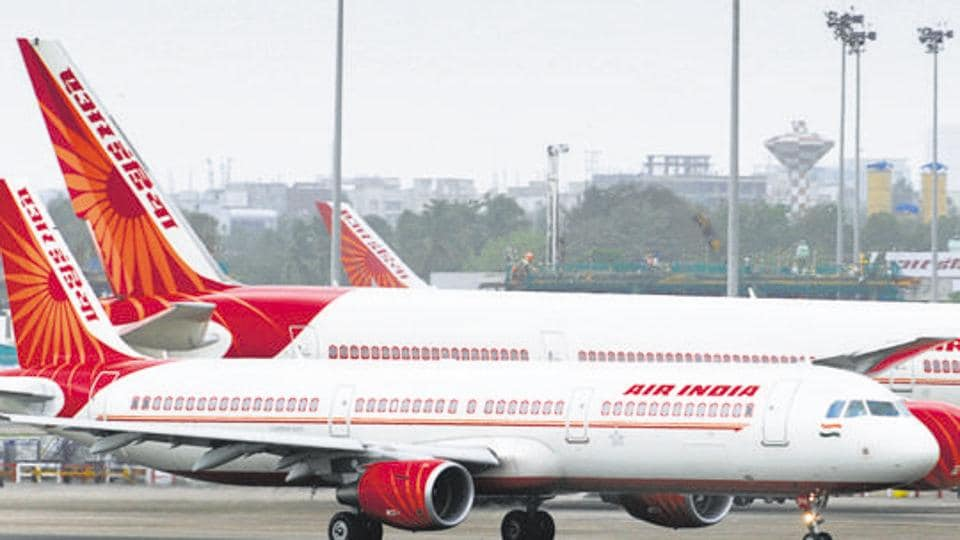 Air India pilot orders crew member to wash his tiffin, argument delays flight by 1 hr
