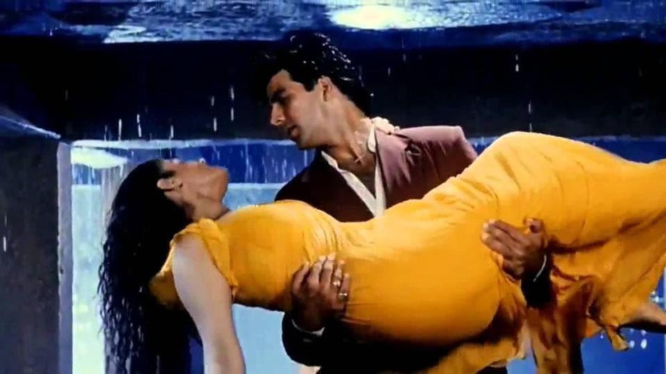 Akshay Kumar to recreate his 90s hit song Tip Tip Barssa Paani in Sooryavanshi.