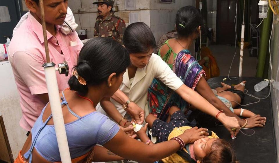 Children showing symptoms of Acute Encephalitis Syndrome (AES) being treated at Shri Krishna Medical College and hospital in Muzaffarpur, Bihar.