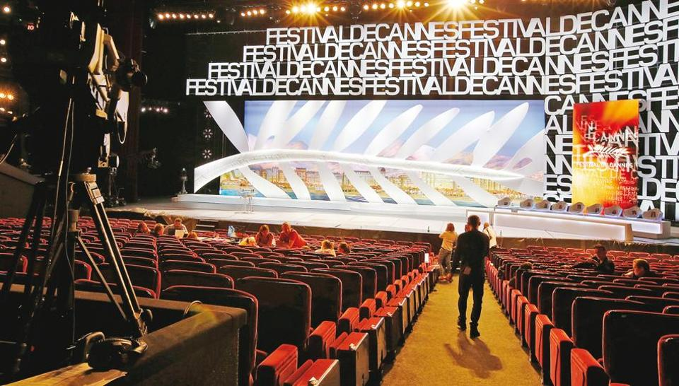 The Grand Theatre Lumiere is the main hall of the opening ceremony