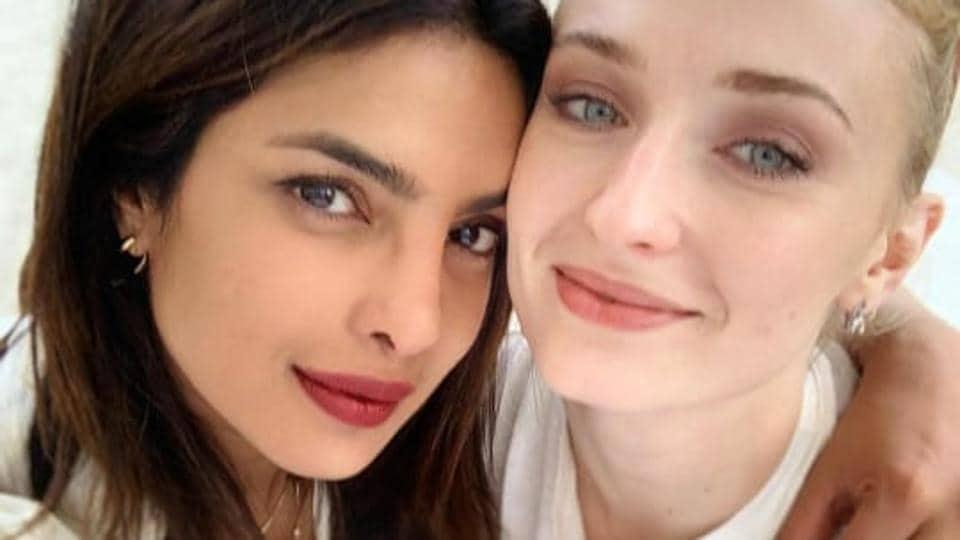 Priyanka Chopra and Sophie Turner are back together again.