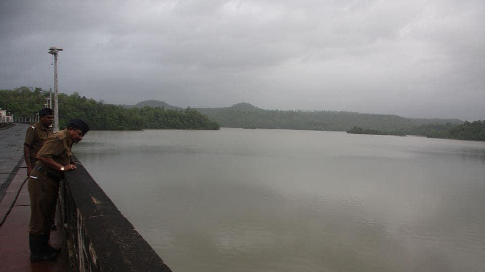 At 77,763 million litres, the seven lakes supplying potable water to the city – Upper Vaitarna, Modak Sagar, Tansa, Middle Vaitarna, Bhatsa, Vihar and Tulsi –  collectively have only 5.37% of the useful water stock