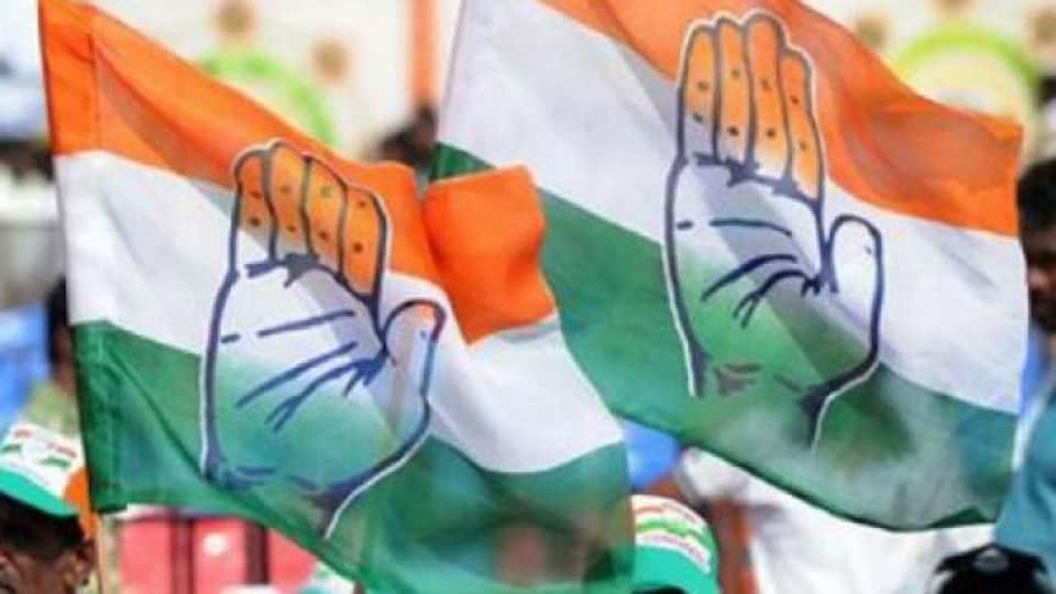 Congress hits reboot in UP, dissolves district panels