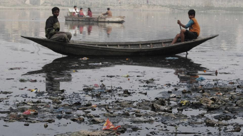 Keep away, Gomti unfit for a dip: UP Solid Waste Management Committee