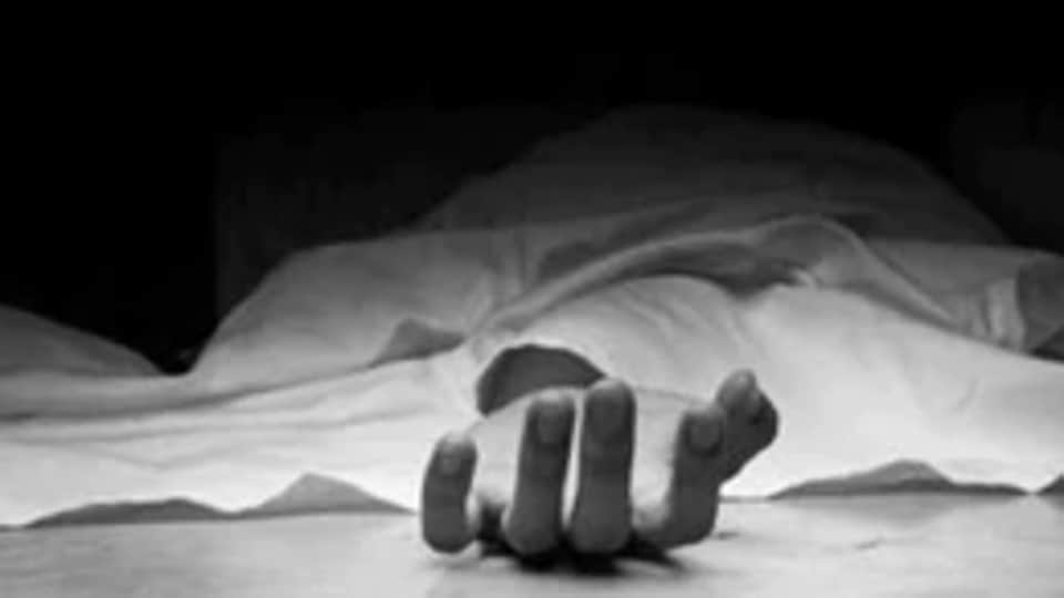 Woman murdered by father-in-law after argument over bulb in Paharganj