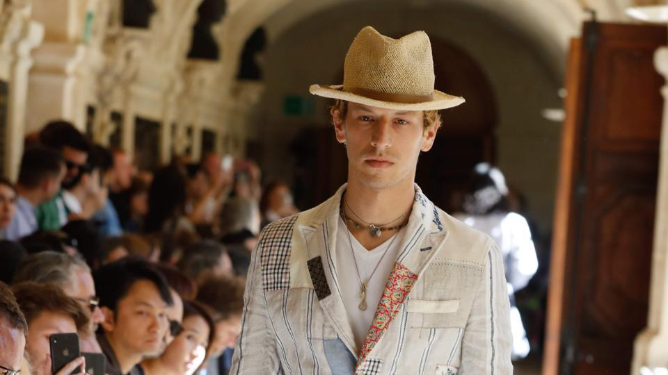Suits,spring/summer 2020 fashion collection,men's spring/summer 2020 fashion collection