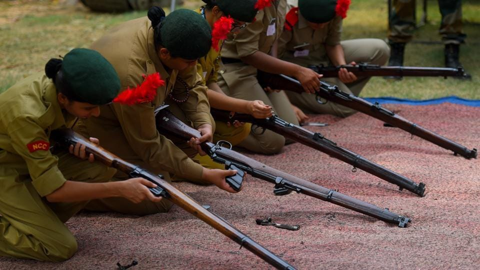Aspirants participate in the National Cadet Corps (NCC) trials during Delhi University admissions under the Extra Curricular Activities (ECA) quota, at Ram Lal Anand College, in New Delhi, India, on Tuesday