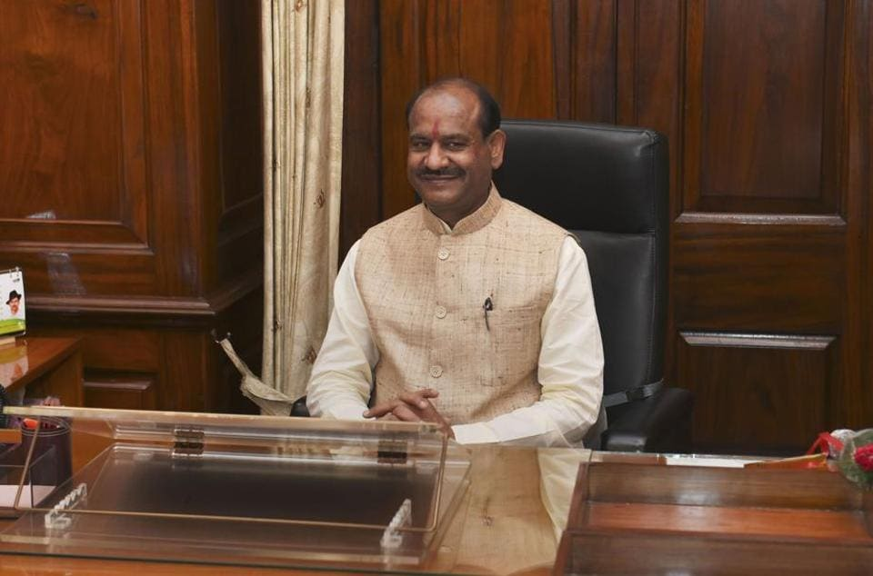 A day after getting elected unanimously, in his first meeting with senior floor leaders of different parties, Birla made it clear that he wants to give a chance to more people to  raise issues during Question Hour.