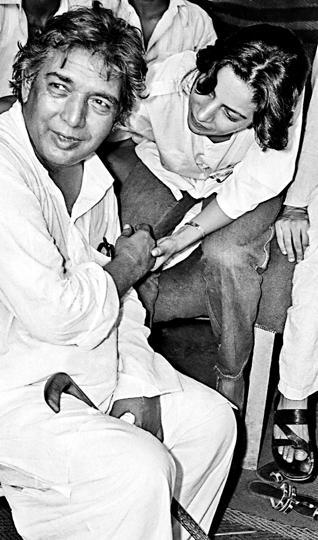 Kaifi Azmi with his daughter Shabana Azmi.