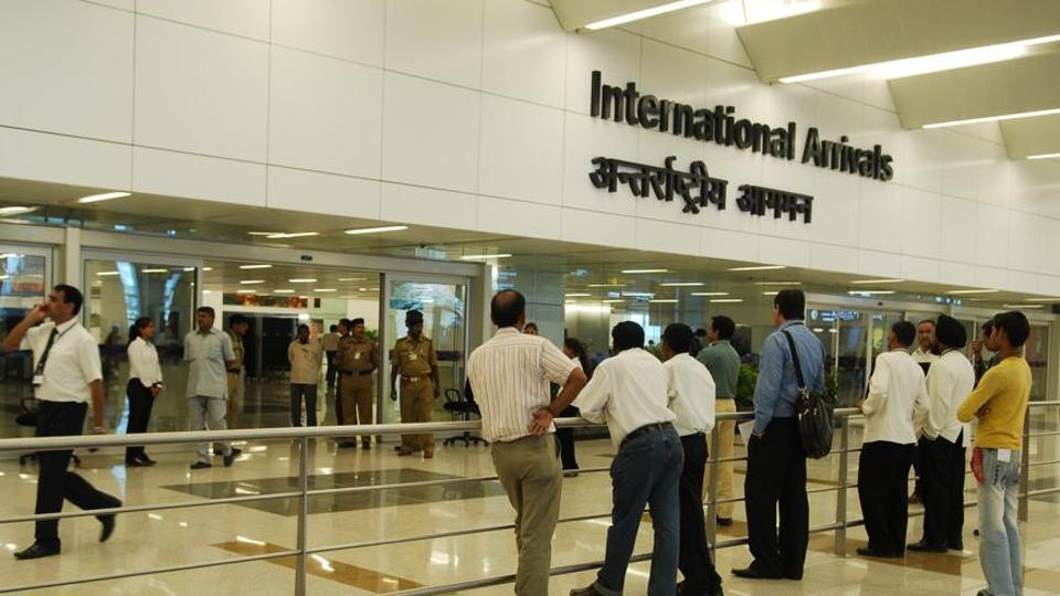 Central Industrial Security Force (CISF) caught two women from Nigeria and  Saudi Arabia at the Indira Gandhi International IGI Airport for allegedly trying to travel out of the country with foreign currency