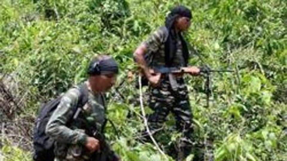 Three CRPF personnel died in an encounter with Maoist guerrillas that also killed a girl who was caught in the crossfire in Chhattisgarh's Bijapur district. (AFP PHOTO / Sanjib DUTTA)
