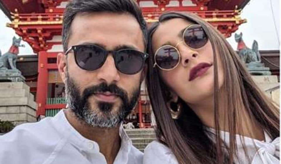 Sonam Kapoor, who often shares pictures with Anand Ahuja on social media, has revealed how her love story with him began.