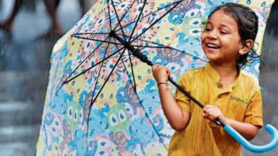 Next monsoon, you are likely to receive an update on the amount of rain for every 500m in the Mumbai Metropolitan Region (MMR) on your phone every 15 minutes.