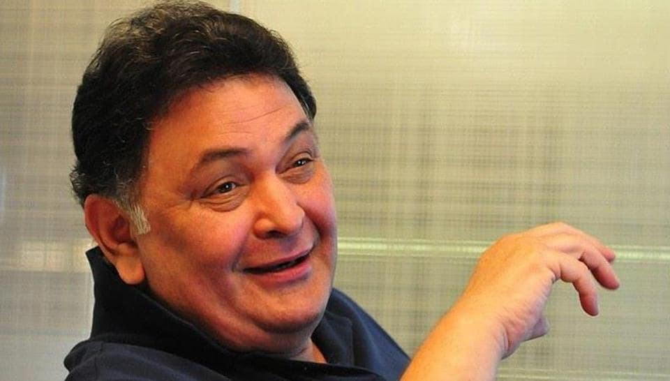 Rishi Kapoor is a fan of cricket and often tweets on major matches being played.