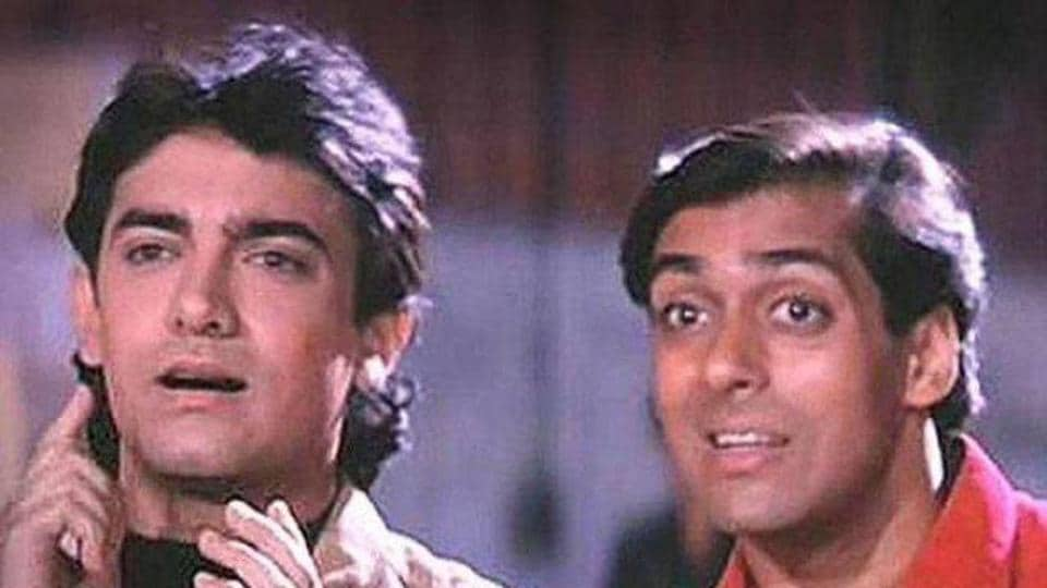 Salman Khan and Aamir Khan in a still from Andaz Apna Apna.