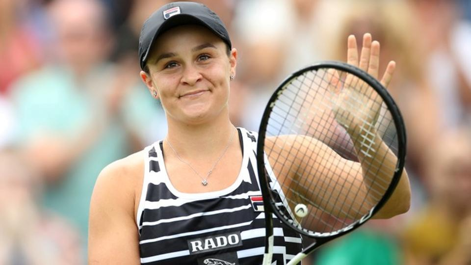 Australia's Ashleigh Barty celebrates winning the final against Germany's Julia Goerges.