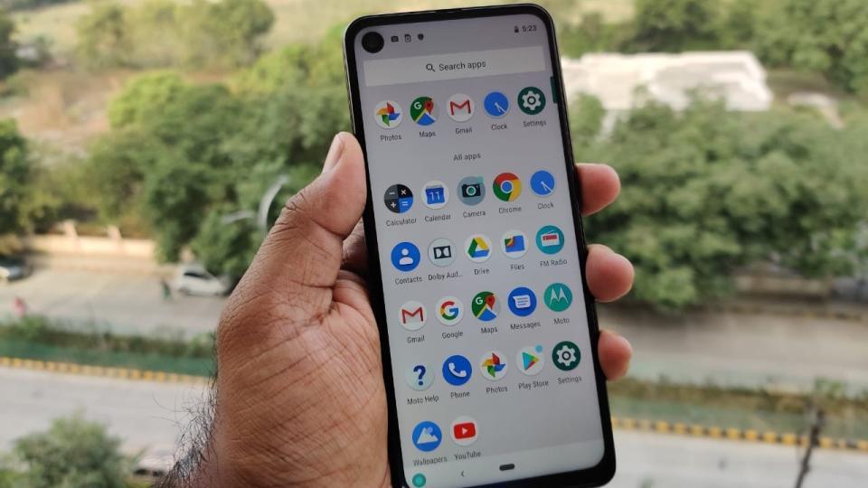 Top phones under Rs 25,000