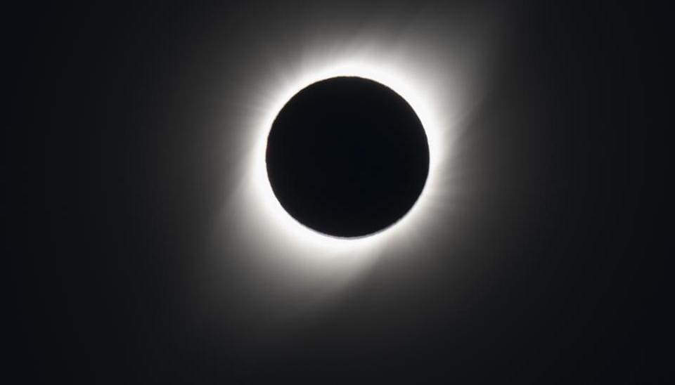 The total solar eclipse as seen from El Molle, Chile, on July 2, 2019. - Tens of thousands of tourists braced Tuesday for a rare total solar eclipse that was expected to turn day into night along a large swath of Latin America's southern cone, including much of Chile and Argentina.