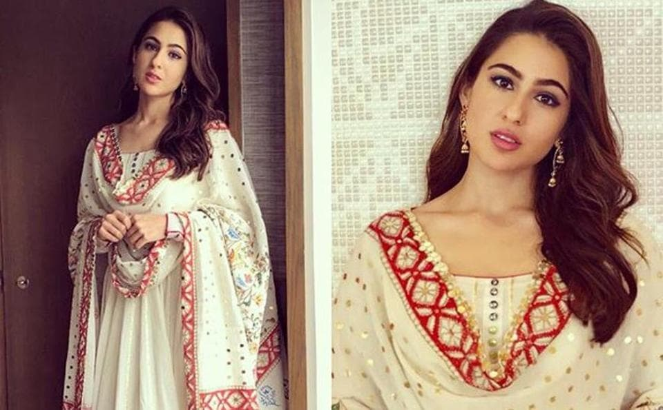 f6ec32cd75 Sara Ali Khan, Janhvi Kapoor slay in the salwar-kameez look, in this ...