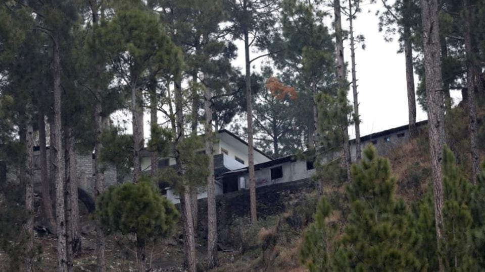 A general view of a building, which according to residents was a madrasa (religious school) is seen near the site where Indian military aircrafts struck on February 26, according to Pakistani officials, in Jaba village, near Balakot, Pakistan, March 7, 2019.