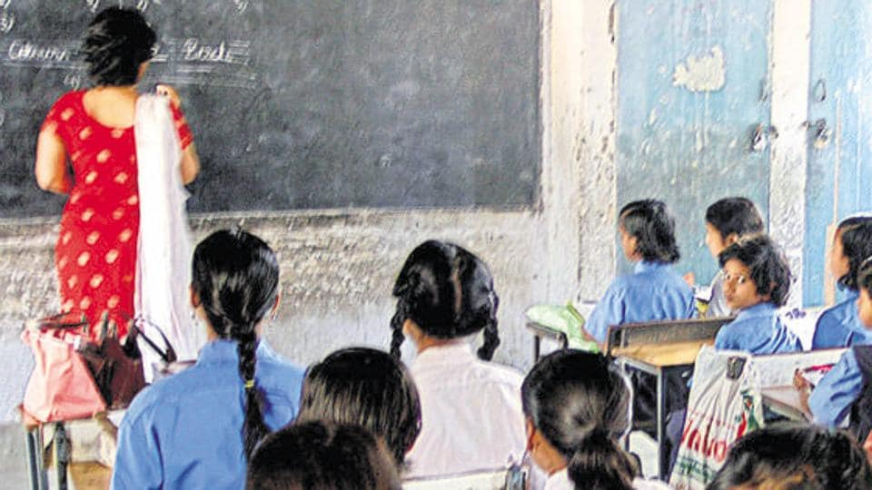 For giving tutorial classes in the village, teachers working in nearby government schools have volunteered.