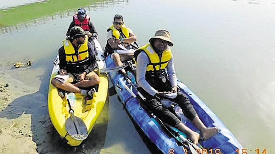 ganga river dolphins,mahananda river,bihar