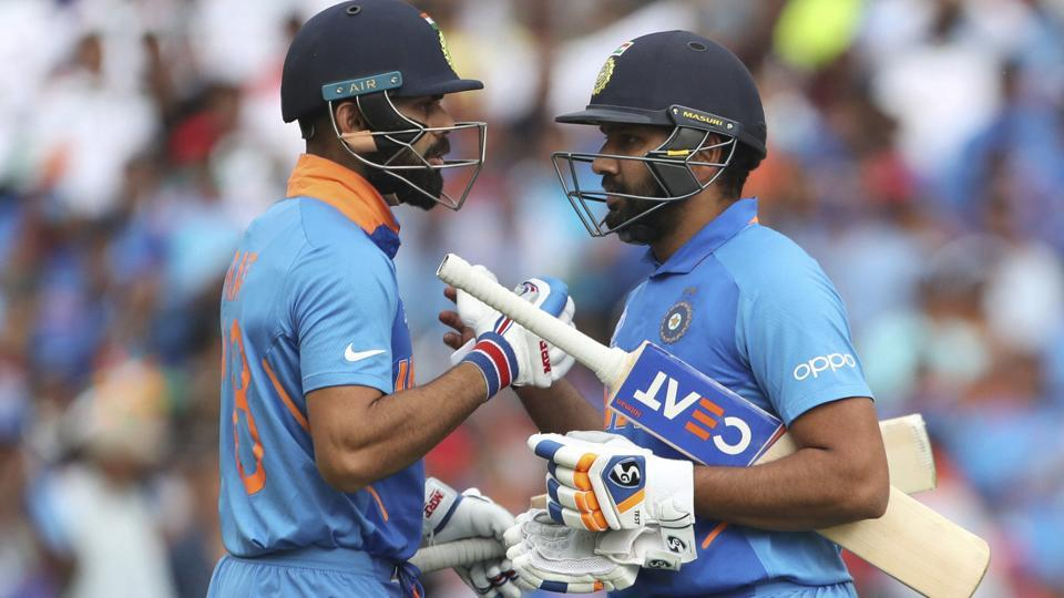 Virat Kohli (L) and Rohit Sharma in action during the ICC World Cup 2019 encounter.