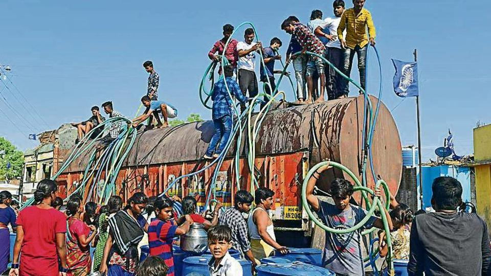 Villagers from Bhim Nagar in Wadwani tehsil of Beed jump onto the tankers within seconds it enters into the village. 24000 liter stock is emptied in their small tanks and pots in just 10 to 15 minutes
