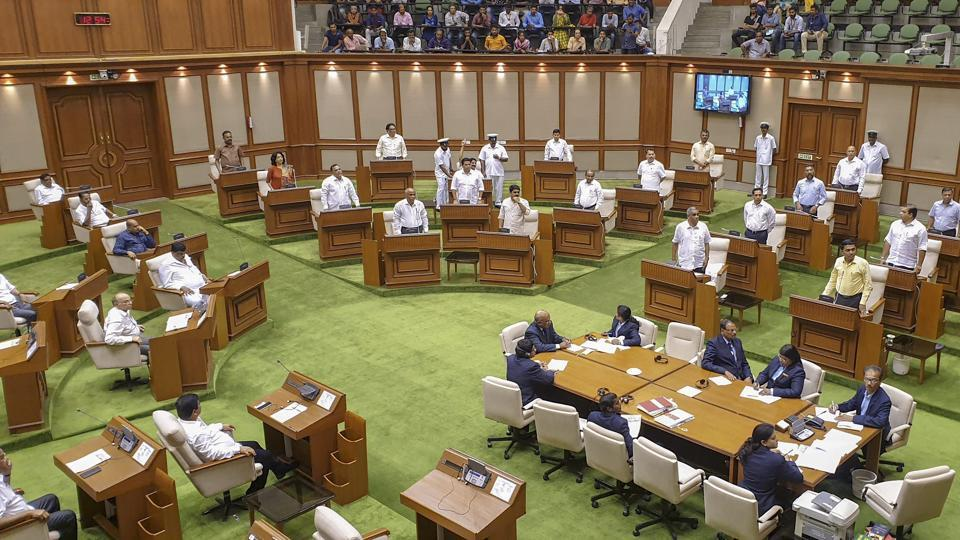 Ten Congress MLAs resigned from the Congress party and formed a separate splinter group on Wednesday.