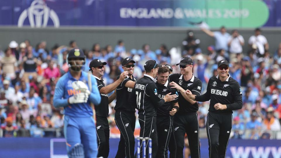 Resuming on 211/5 on Wednesday, New Zealand finished on 239/8 in their 50 overs after rain interrupted play at 46.1 overs into their innings on Tuesday.India have lost half their side as MS Dhoni joins Hardik Pandya in the middle. (AP / PTI)
