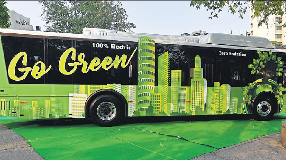 Addressing a press conference on Thursday after the cabinet meeting, deputy chief minister Manish Sisodia said the government approved the Delhi Transport Corporation's (DTC) proposal to get 1,000 AC low-floor CNG buses.