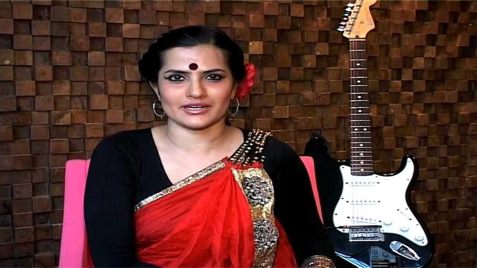 Sona Mohapatra replies back to a troll who questioned her for singing the song Bedardi Raja while being a feminist.